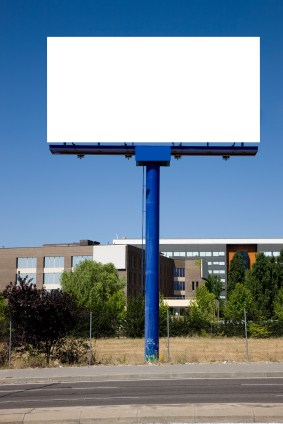Outdoor advertising may as well be blank, for all the good it does for online firms