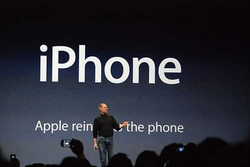Stev Jobs launches the iPhone