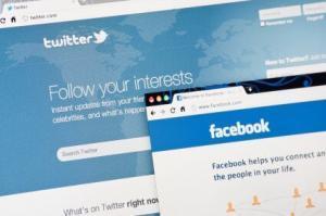 Twitter of Facebook