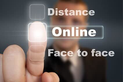 Display of words - distance online and face to face