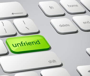 Unfriend on keyboard